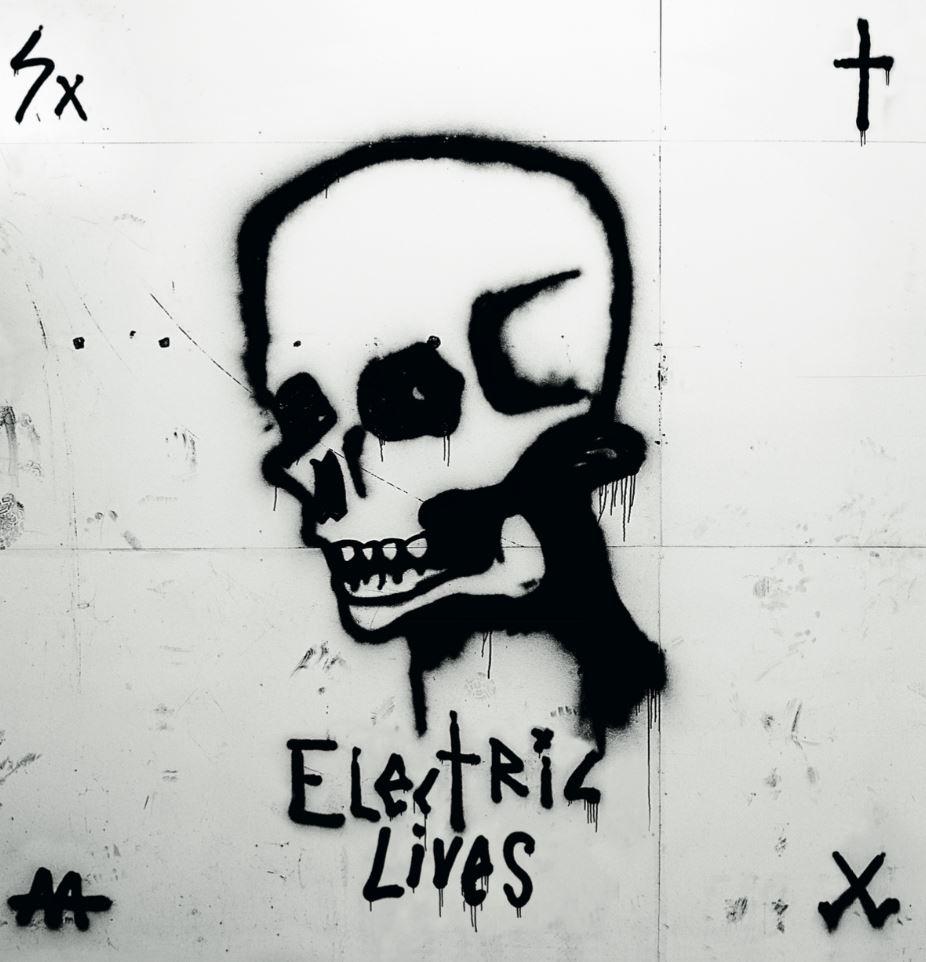 Go Go Berlin, Electric Lives, Anmeldelse