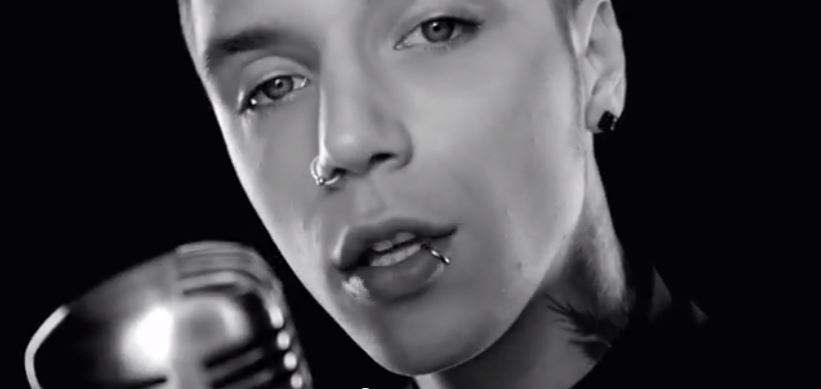 Black Veil Brides' frontmand Andy Biersack starter soloprojekt under sit alterego