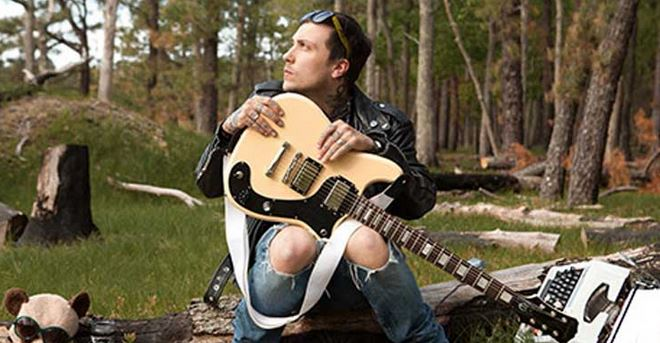 Ex-My Chemical Romance guitaristen Frank Iero er klar med ny single