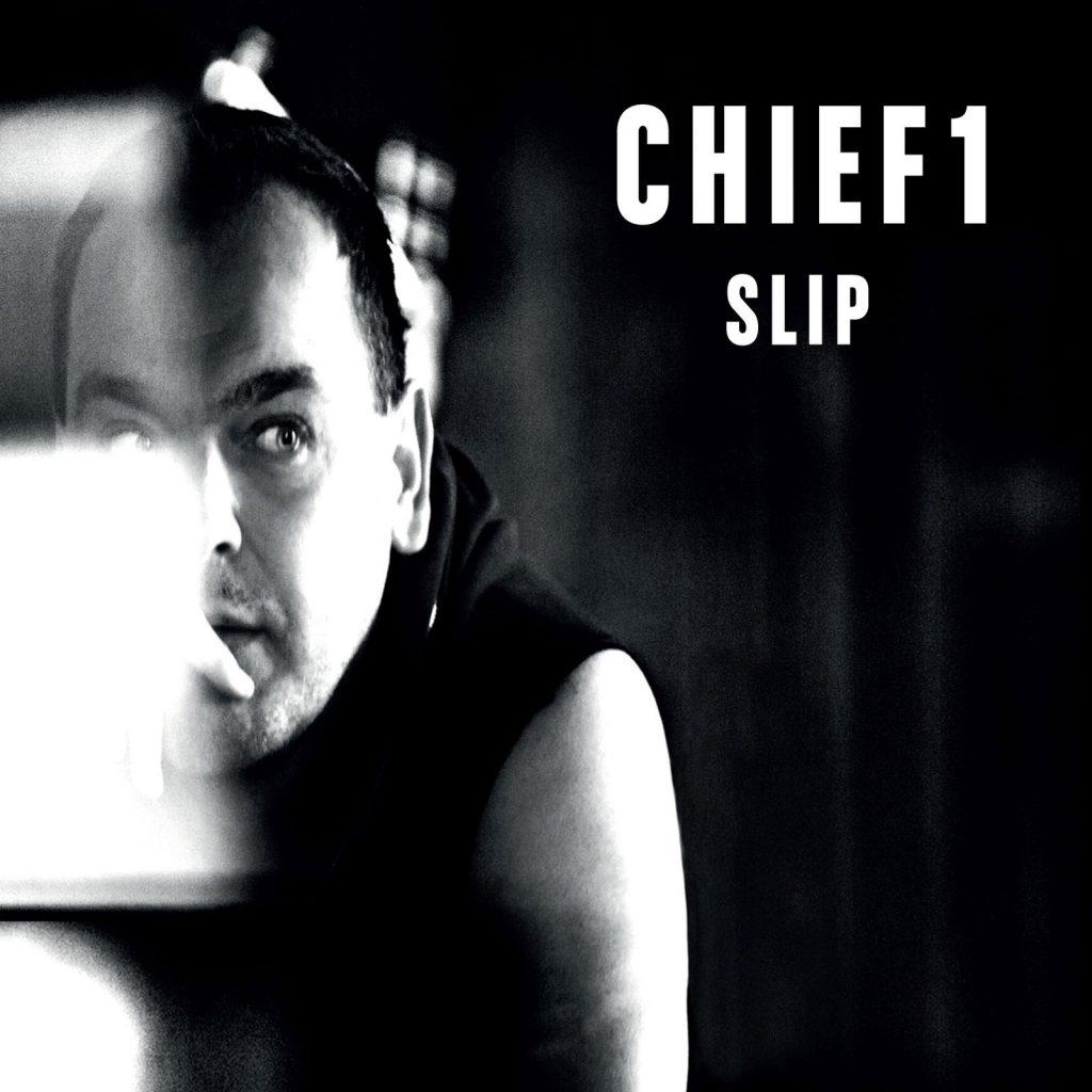 Chief 1, Slip